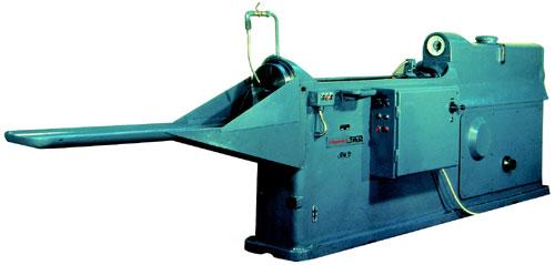 Radial Drilling Machine RM